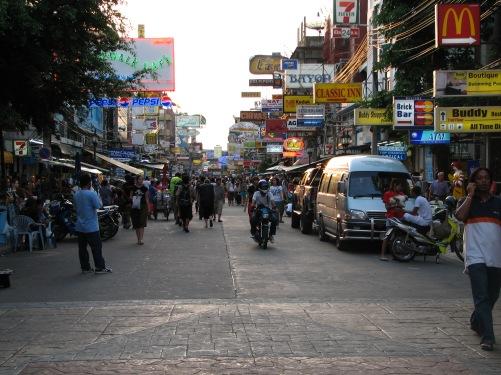 Thailand_06_-_27_Bankoks_Khao_San_Road_(158628997)